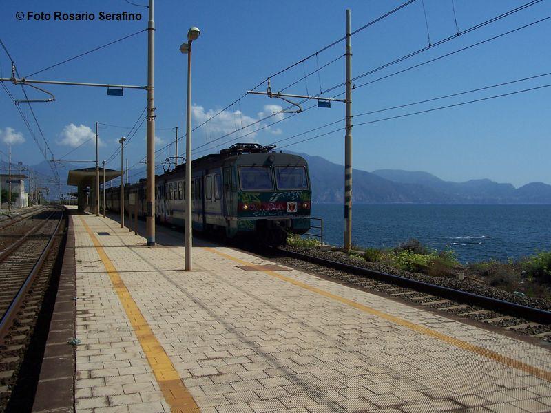 Stazione Di Santa Maria La Bruna Na